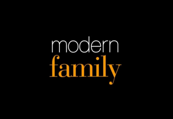 "Modern Family – ""Connection Lost"" Episode"